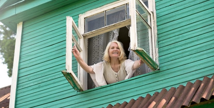 Does Opening Windows During A Tornado Help?